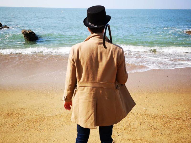 Un détective face à la mer